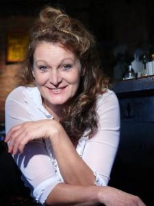 Portrait 2 der Schauspielerin und Kabarettistin Barbara Weinzierl, München